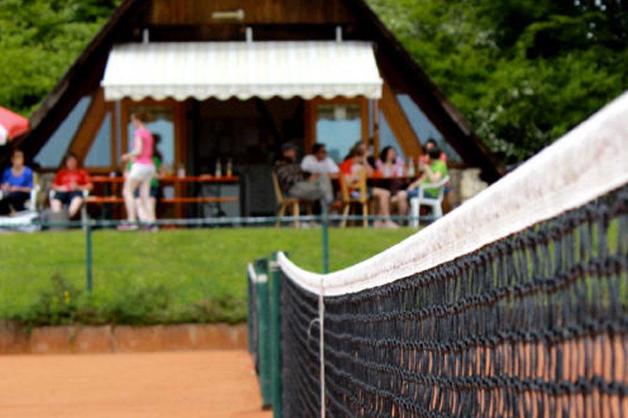Tennisanlage1